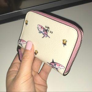 New Coach shark card wallet holder zip around
